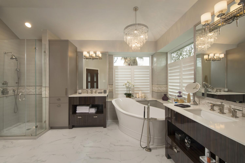 Mundee Charanza - Bath 1 complete